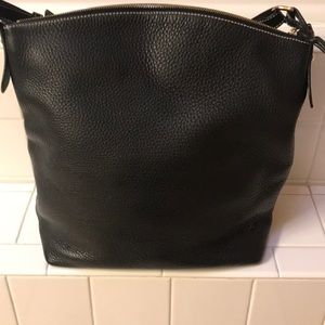 Dooney & Bourke Bags - This is a beautifull handbag !!!